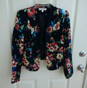 Navy floral print blazer from Love Tree Size M